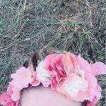 Aujourdhui la couronne de fleurs pullandbear cest sur la ttehellip